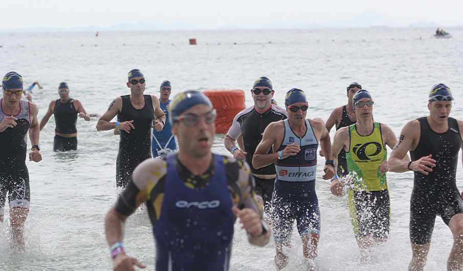 Foreign athletes prevail in Indonesia's Bintan Triathlon