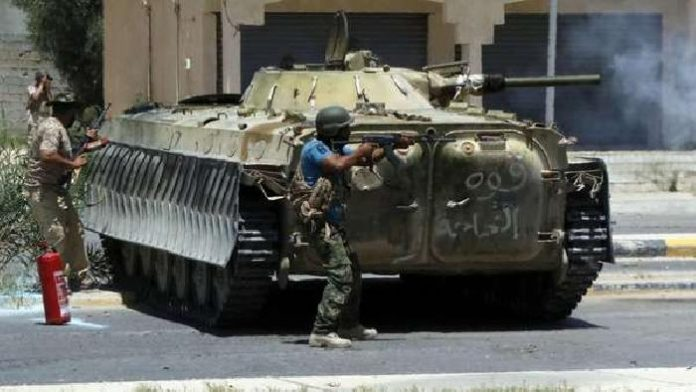 Fierce clashes as rival factions battle in Libyan capital