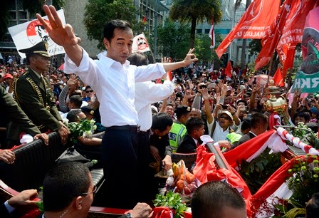 Indonesian parliament allows President Widodo to run in 2019 race